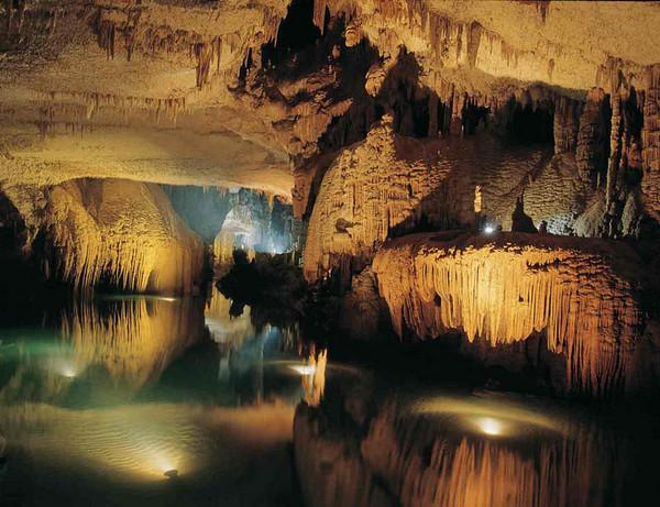 10 Liban-Grotte-de-Jeita-Nahr-al-Kalb-Valley