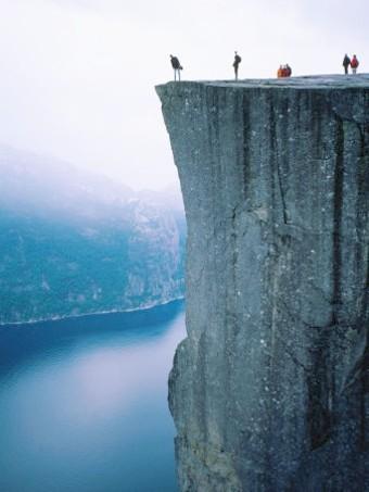 9 Norvege-Rocher-de-Pulpit-Preikestolen