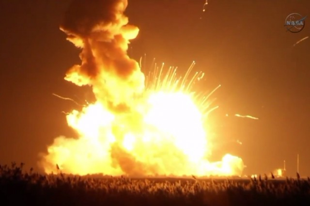 antares explosion_0